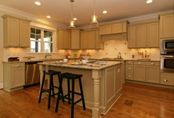 thumb_123_010_Kitchen.jpg