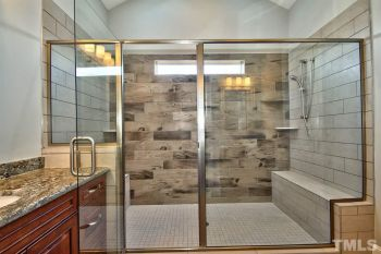 thumb_192_1215Mastershower.JPG
